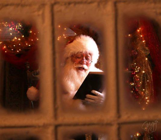"""""""Santa, kannst du mir helfen?"""" Junge stirbt in Armen des Weihnachtsmannes"""
