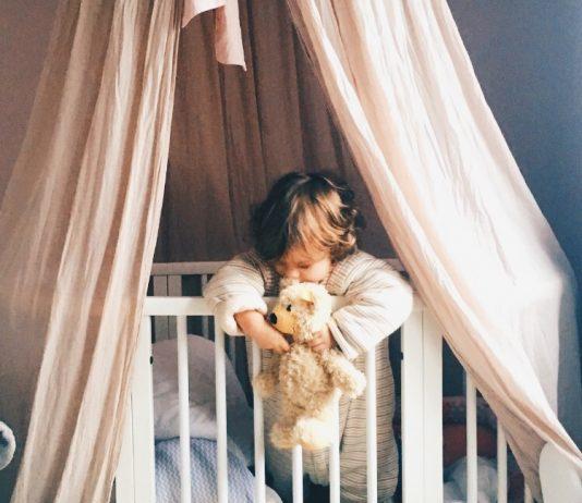 Bitte gib deinem Baby NIE Schlafmittel! Das sind die Gründe
