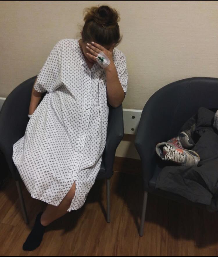 Nina Celine musste trotz Wehen auf dem Flur warten