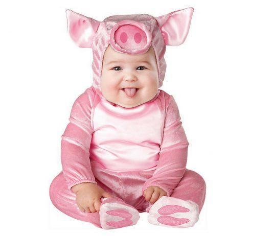 Oink, oink… ein Tusch für das Schweinchen-Kostüm! 🐷