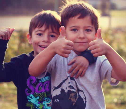 Krachmacher-Kinder! Studie beweist, dass jüngere Geschwister mehr Ärger machen