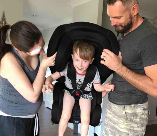 Sanitäter erklären: Darauf kommt es beim Auto-Kindersitz wirklich an!