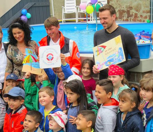 Kita mit Swimming-Pool: In dieser deutschen Stadt eröffnet!