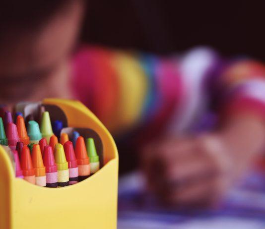 Was dein Kind Verrücktes malt, zeigt, wie schlau es ist