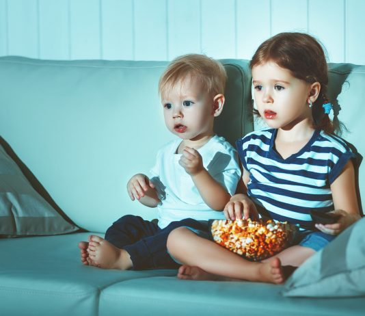 Gebannt folgen die Kleinen den Abenteuern ihrer TV-Lieblinge