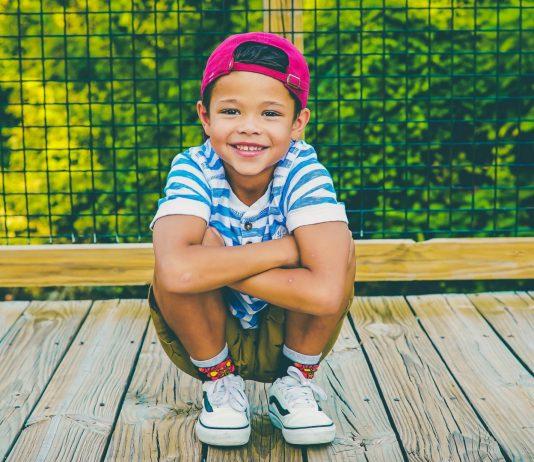 Montessori: 7 Sätze, die deinem Kind mehr Selbstbewusstsein schenken