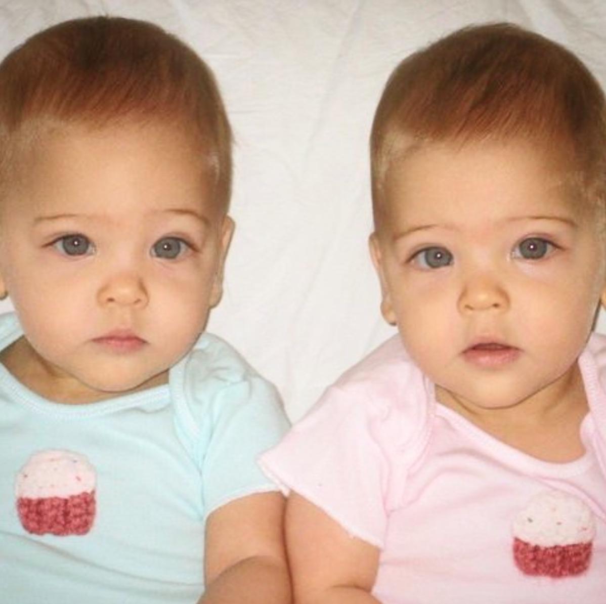 Sind diese süßen Babys heute die schönsten Zwillinge der Welt?