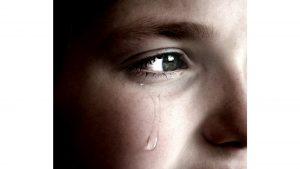 Mädchen weint, Tränen