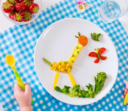 Kleinkinder vegan oder vegetarisch ernähren? Das sind die Folgen