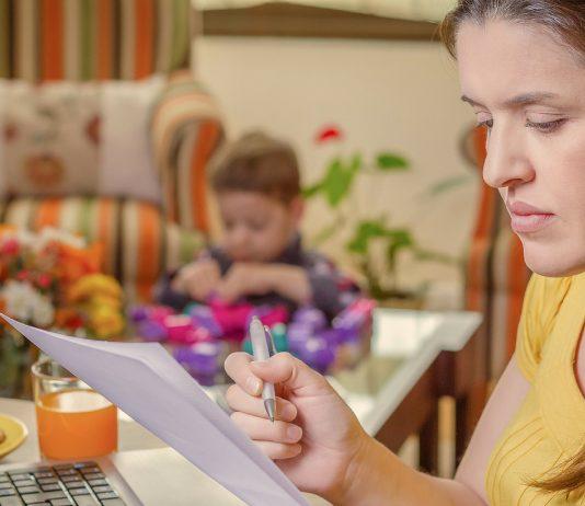 Mama arbeitet von zu Hause