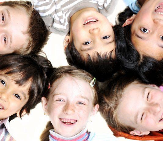 Diese 10 Dinge sollten wir vermeiden, wenn wir unsere Kinder stark machen wollen
