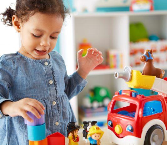 Tipps von der Fisher-Price-Expertin: So kannst du dein Kind kreativ und spielerisch fördern