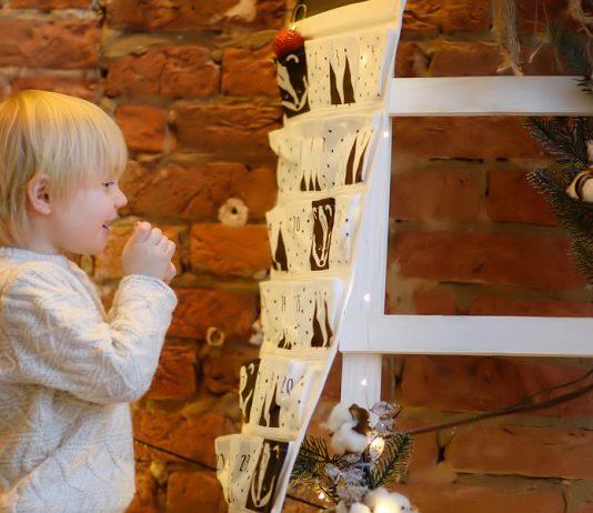 Süße Adventskalender für Kinder zum Selberbasteln (und viele Ideen zum Befüllen!)