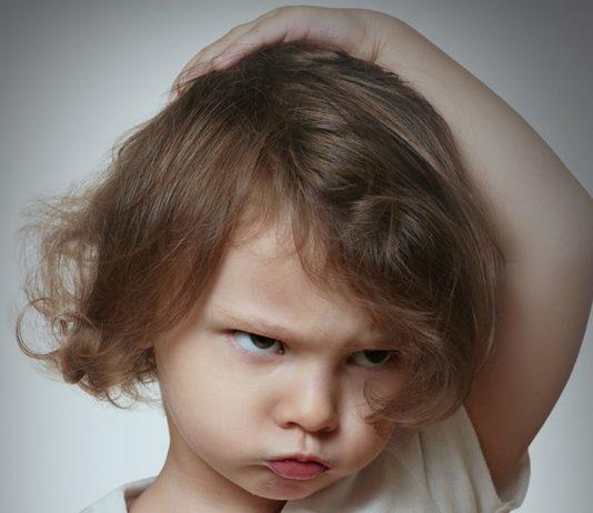 Kind ist wütend