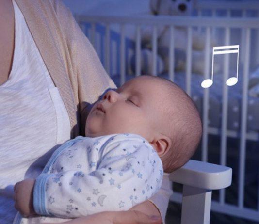 Abendritual: Singen für das Baby