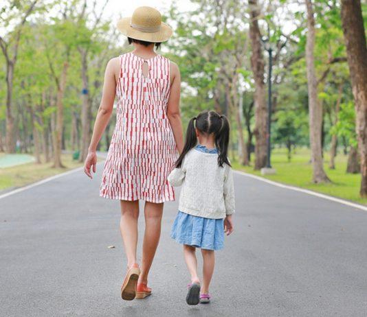 Frau mit Tochter