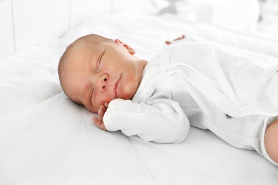 Baby Dreht Kopf Nur Auf Eine Seite übungen