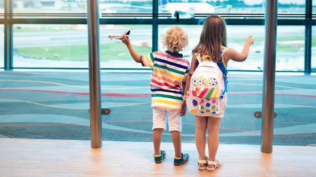 alleinreisende kinder so klappt der flug ohne mama. Black Bedroom Furniture Sets. Home Design Ideas