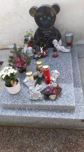 Maries Grab: Das Baby starb an einem Nabelschnurvorfall