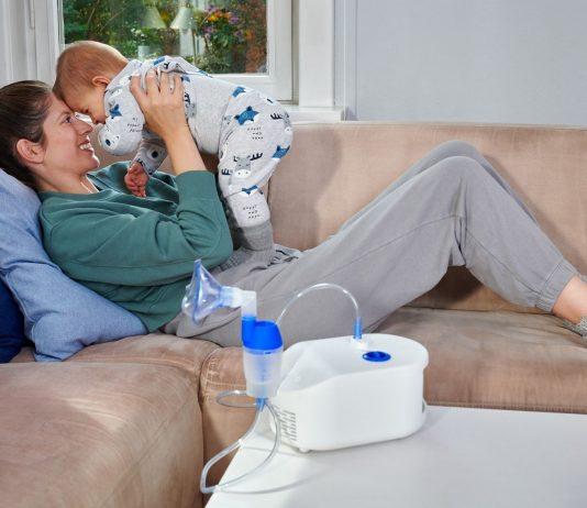 Inhalieren kann bei Erkältungen und Mittelohrentzündungen Wunder wirken.