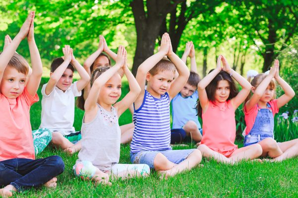 Yoga für Kinder ist eine wundervolle Sache.