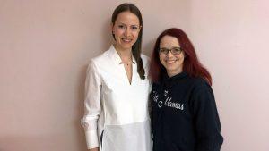 Lia Grünhage (links) hat Wiebke im Interview alle Fragen zum Thema Social Freezing beantwortet.