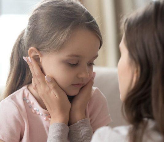 Eltern müssen jetzt dringend auffangen, was die schwierige Zeit mit Coronas mit Kinderseelen anstellen kann.