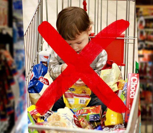 Wegen Corona: Supermärkte sperren Kinder aus