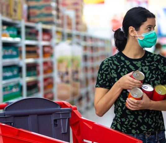 In Österreich soll die Maskenpflicht im Supermarkt noch diese Woche eingeführt werden.