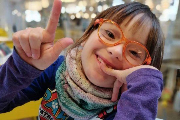 Vor Miras Geburt wusste die Familie nicht, dass sie das Down-Syndrom hat.