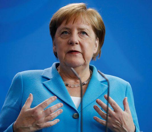 Angela Merkel verlängert die Kontaktsperre und Schulen und Kitas bleiben vorerst zu.