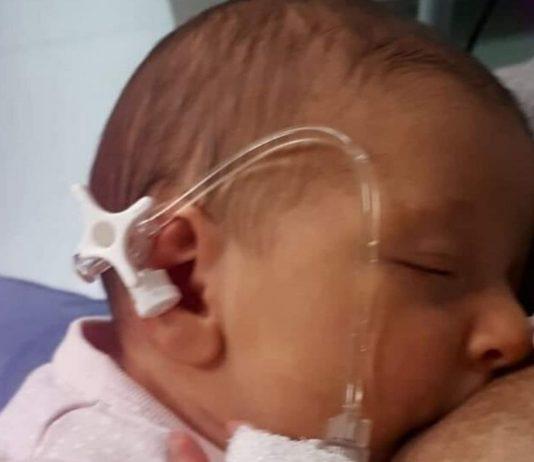 Baby Beatrice hat sich mit 23 Tagen mit Corona infiziert - und überlebt.