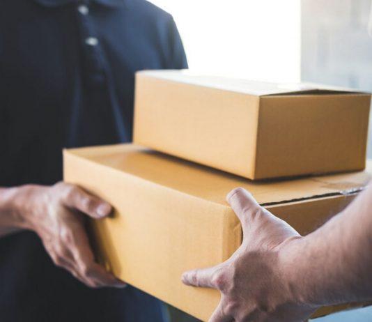 Während Corona bestellen wir wie die Wilden Pakete nach Hause. Doch ist eine Ansteckung über das Paket möglich?