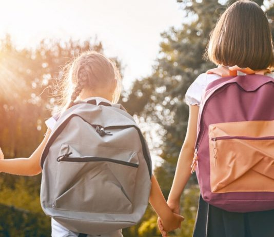 Bald gehen meine beiden Mädels wieder zur Schule...