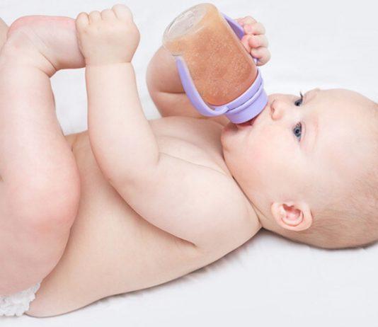 Dauernuckeln mit süßen Tees – das beeinflusst Babys Geschmack für sein Leben lang.