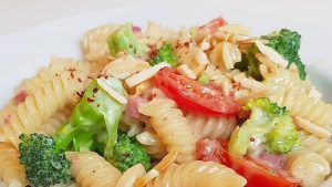 Brokkoli und Käse – eine super leckere Kombi für ein leckeres Pasta Rezept.