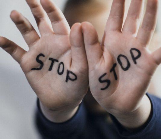 Kindesmissbrauch soll endlich auch per Gesetz zum Verbrechen werden.