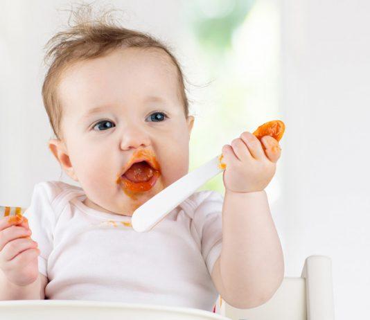 Mit Baby sind dauernd irgendwo Flecken - Hausmittel und Tipps, um die wieder rauszukriegen.
