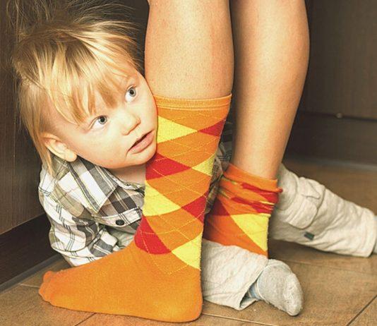 Fremdeln beim Kind ist total normal und vergeht auch wieder – garantiert!