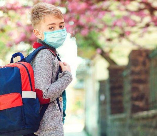 Einige Ärzte stellen scheinbar Atteste für Maskengegner aus.