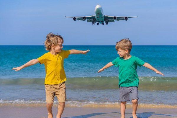 Ist es verantwortungslos, trotz Corona in den Urlaub zu fliegen?