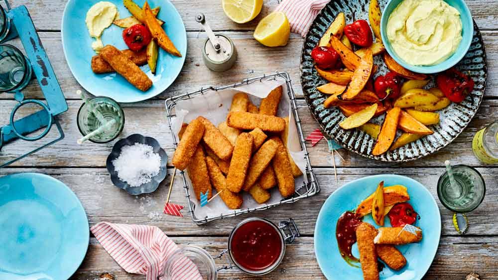Fischstäbchen mit Kartoffelspalten