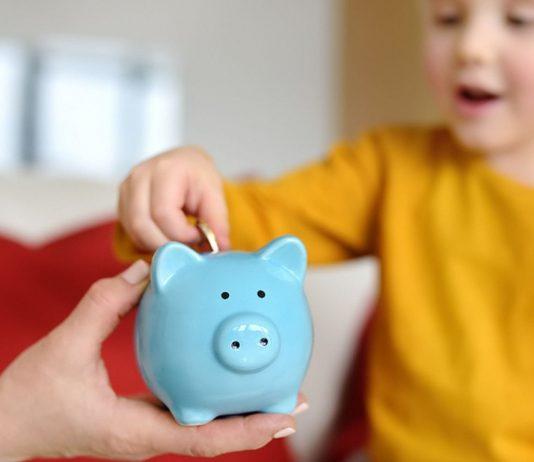 Die Arche setzt sich für ein monatliches Kindereinkommen als Grundsicherung ein.