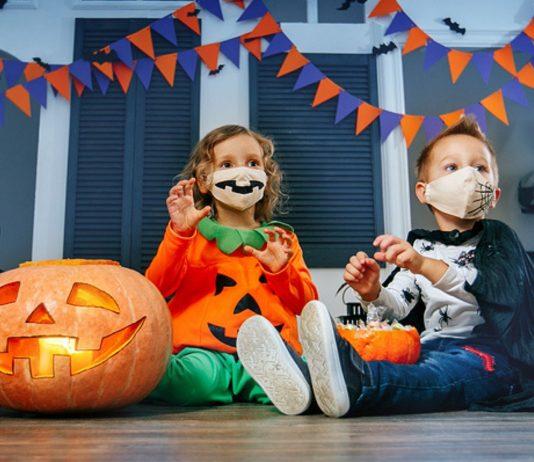 Eltern sollten mit ihren Kindern an Halloween zu Hause bleiben.