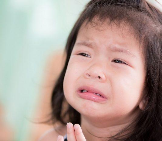 Liebesentzug stürzt ein Kind in die schlimmste Verzweiflung