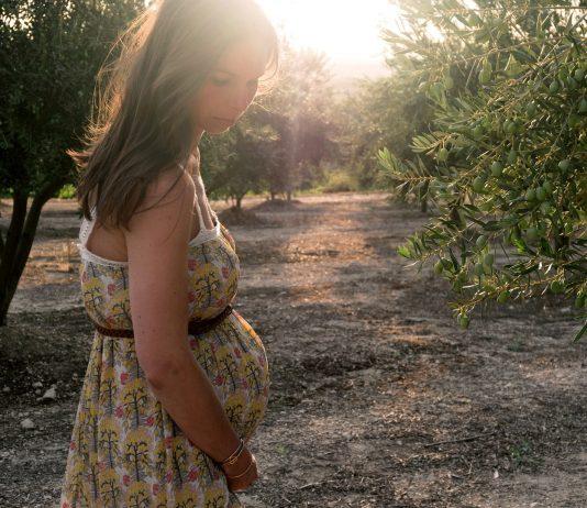 Ist Sonnenbrand in der Schwangerschaft gefährlich - Tipps, was tun