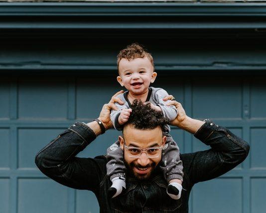 Nur wenige Väter gehen so lange in Elternzeit.