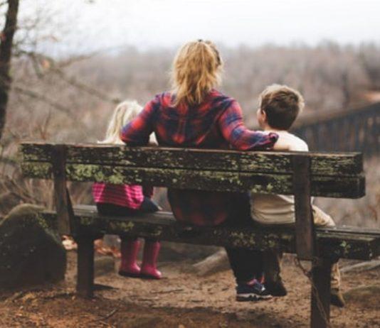 Alleinerziehende Mamas können ihre Elternliebe mit niemandem teilen