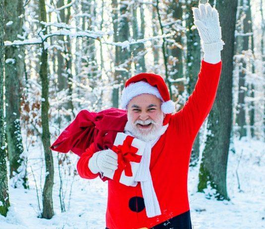 Auch er würde sich über eine weiße Weihnacht 2020 freuen – ich meine, er will mit dem Schlitten losziehen!