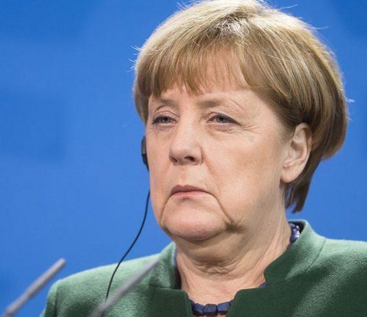 Angela Merkel warnt, dass noch einige harte Wochen vor uns liegen